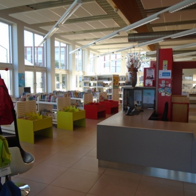 Bibliothek in Kelmis Innenansicht