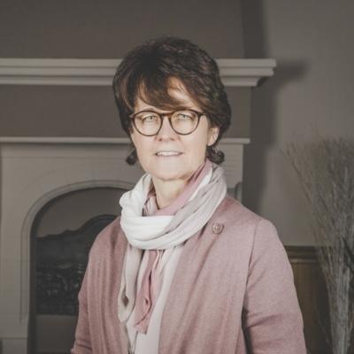 Ilona Renier