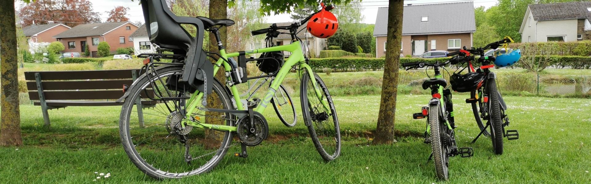 Fahrräder im Hergenrather Gemeindepark