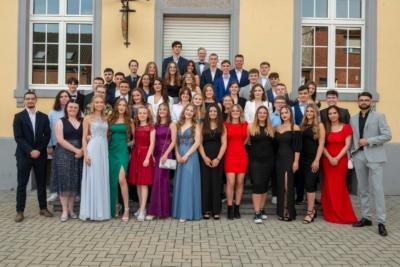 Félicitations aux élèves de l'Athénée César Franck pour la réussite de leur rhéto