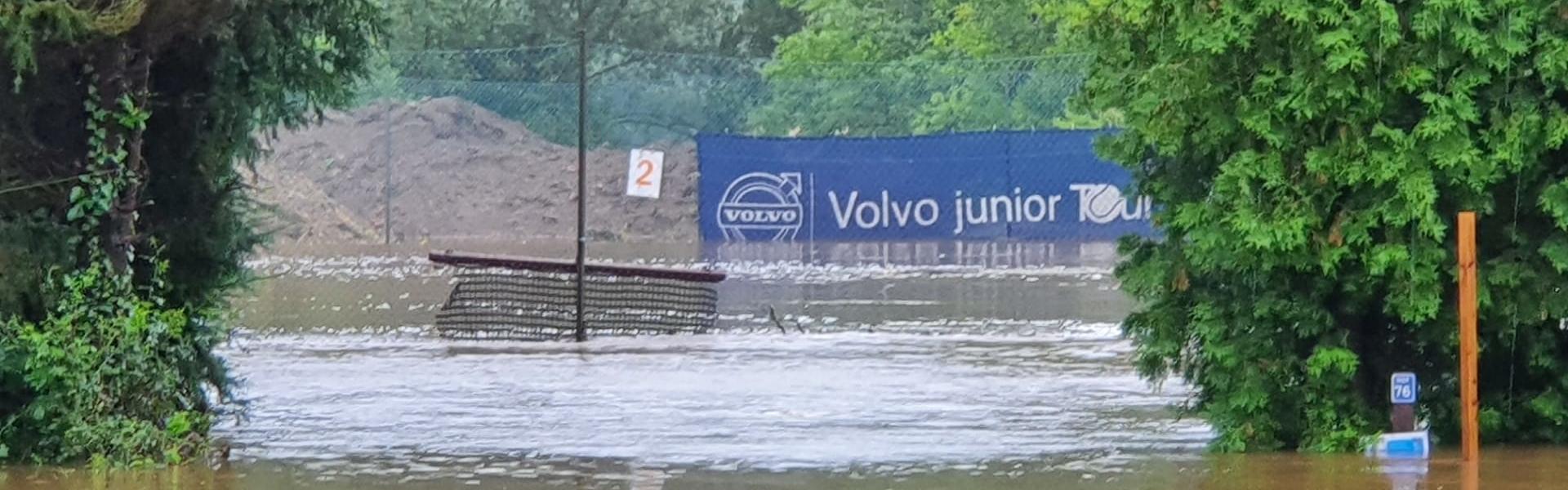Hochwasser am Tennisklub in Kelmis